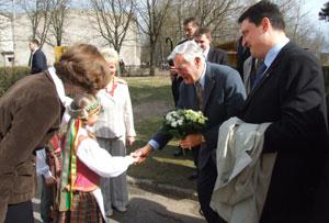 Su Prezidentu V.Adamkumi apskrities įkurtame Rudaminos vaikų darželyje